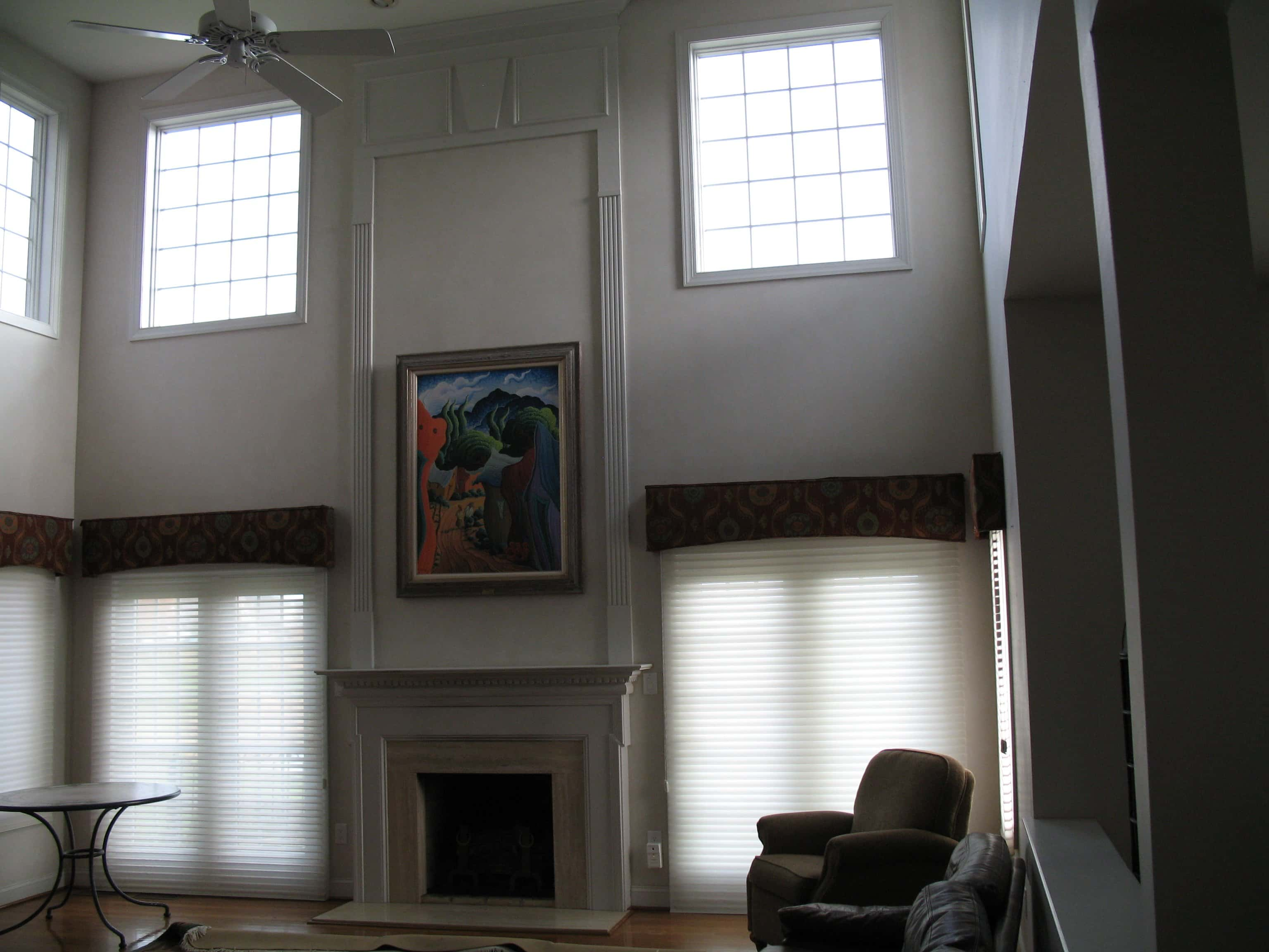 room with high ceiling before improvements are made