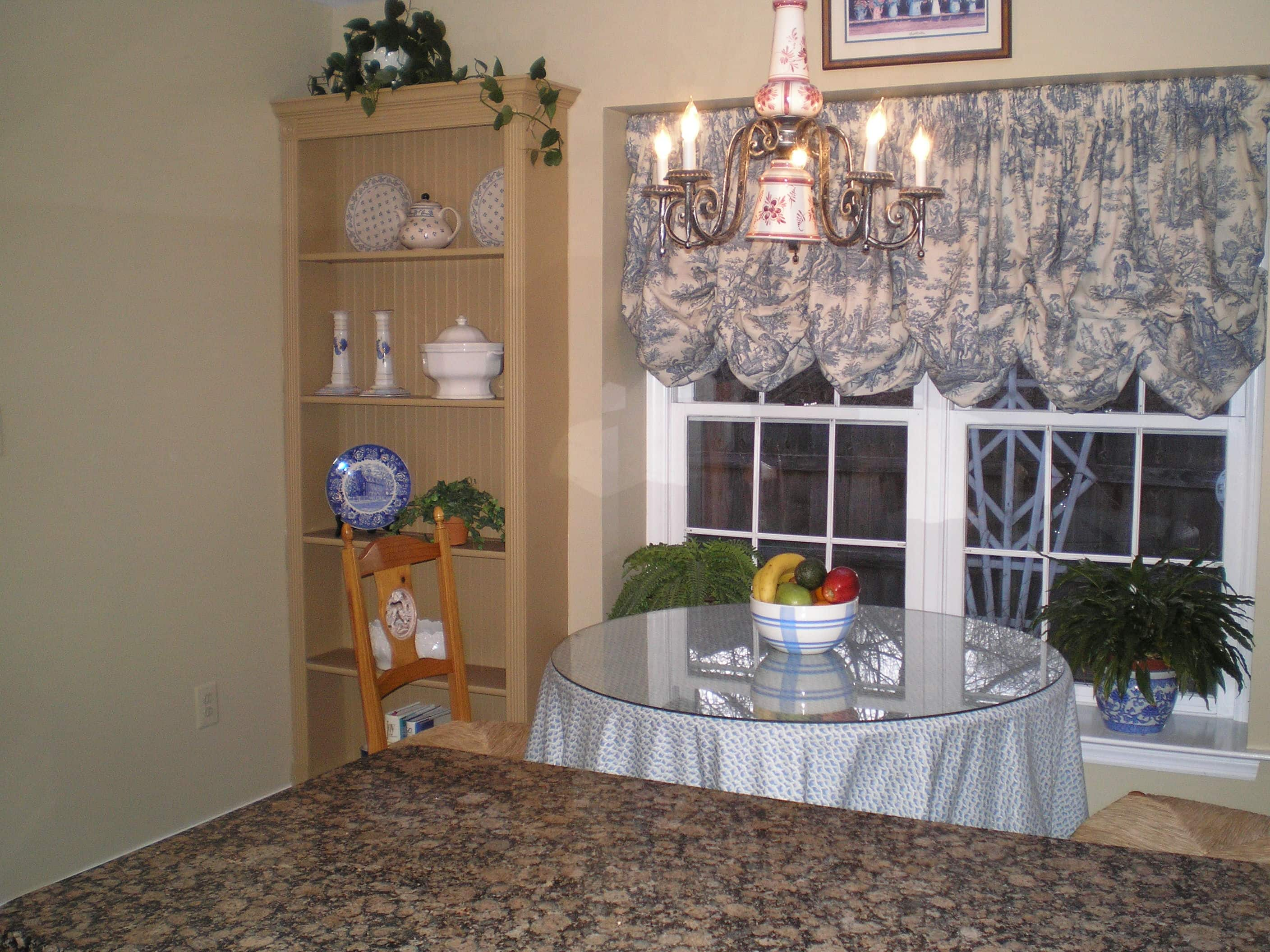 Decluttering Dining Area