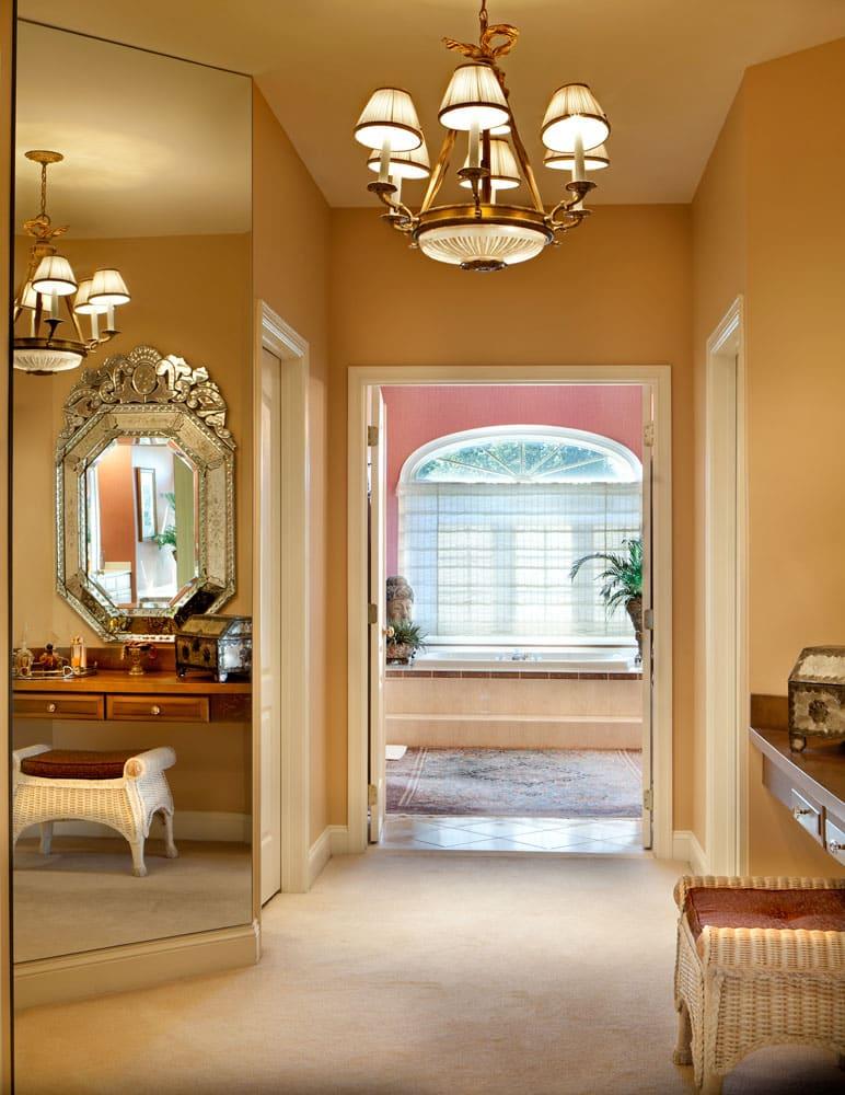 kaufman-vanity-bathtub-peek