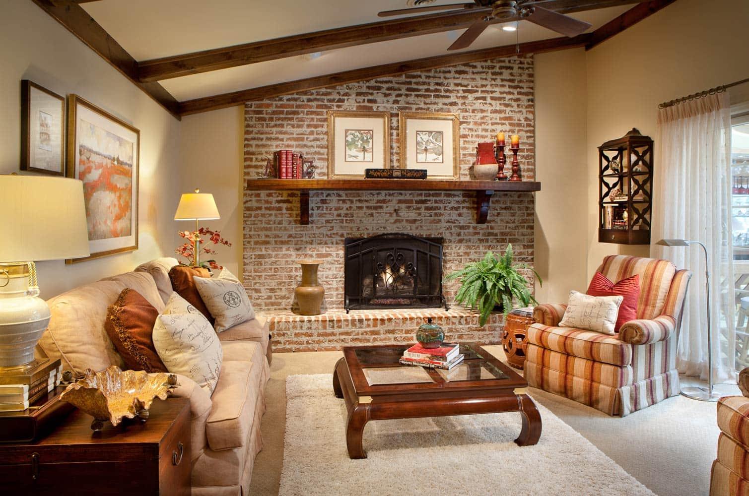 living-room-interior-lakeshore